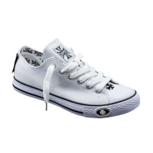 WCC - Warrior Low Tops Shoes White